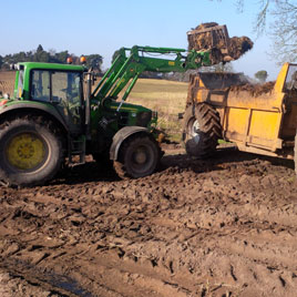 loading-with-tractor